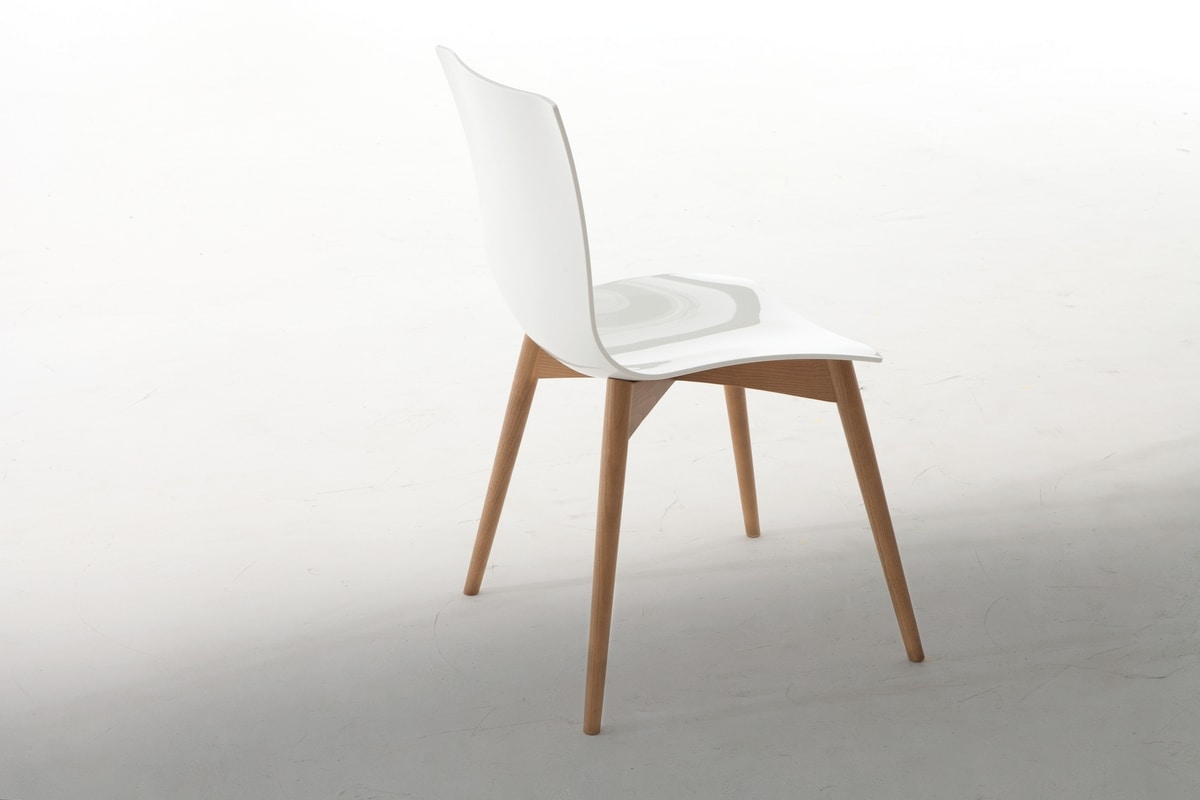ARIA WOOD, Chair of extraordinary durability and comfort