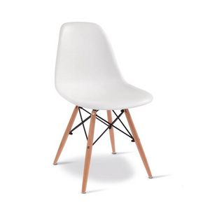D10, Wooden chair with plastic shell