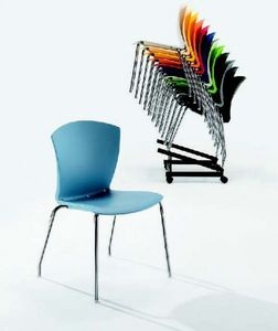 10525 Carina, Stackable and attachable chair