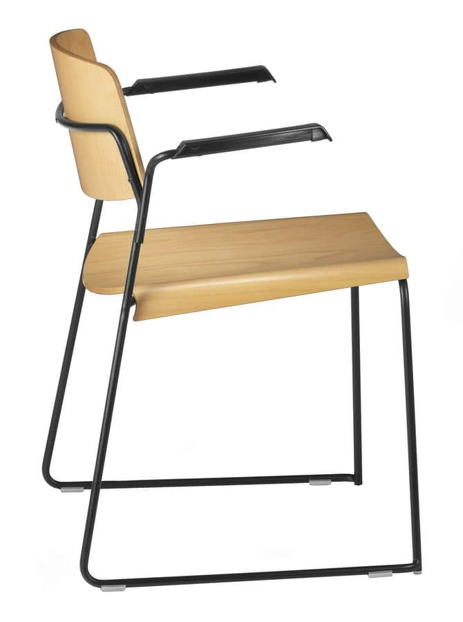 SIGMA 167, Chair with sled base, plywood seat, with armrests