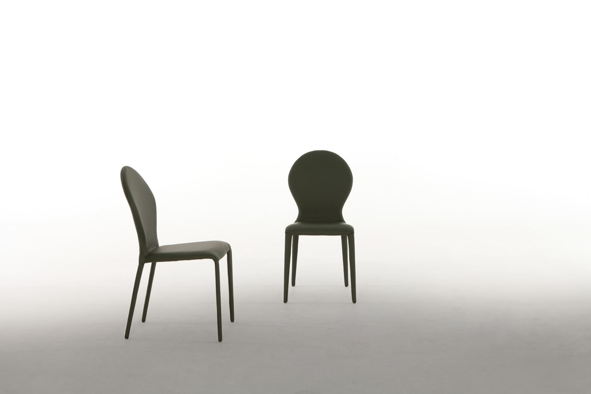ZAR, Chair completely covered in leather