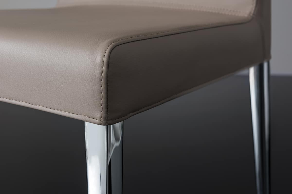 247/1 HOLLYWOOD CHAIR, Metal Chair Covered In Imitation Leather
