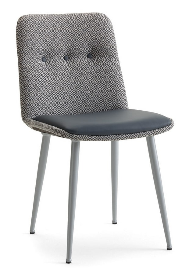 Cass-SM, Very comfortable chair, thanks to the high density padding