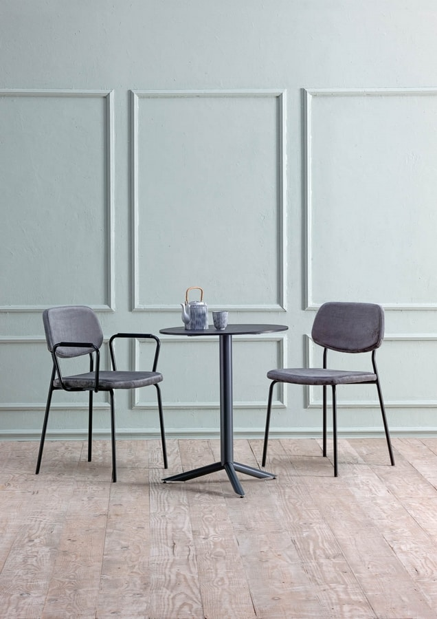 Clio, Metal chair upholstered in coated fabric