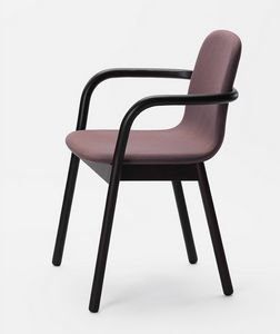 Hug, Chair with armrests, with an enveloping line