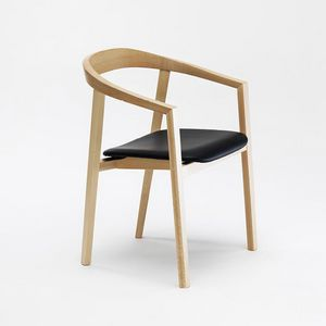 Ro, Wooden chair with armrests