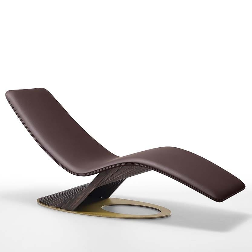 Lullaby, Chaise lounge with sinuous shapes