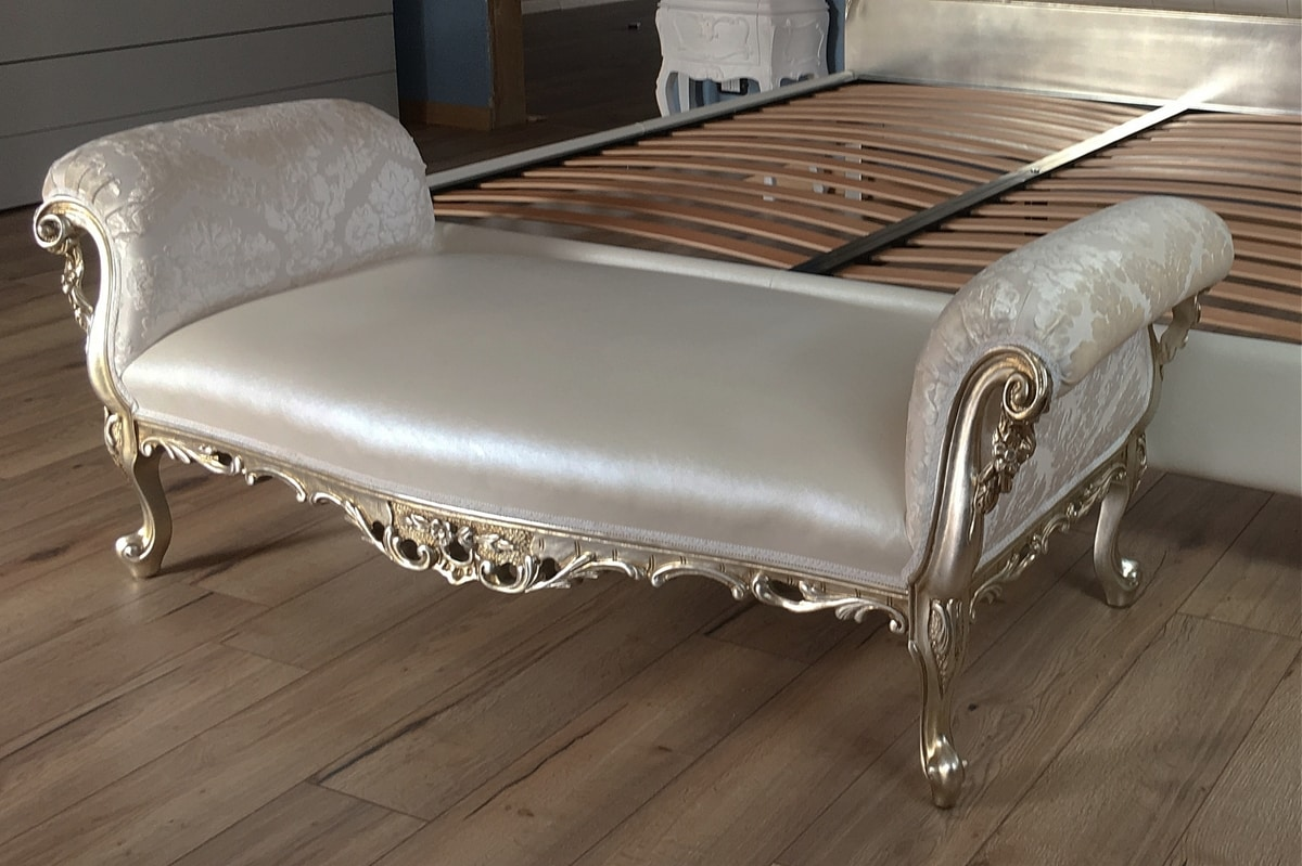 Sofia, Classic style day bed