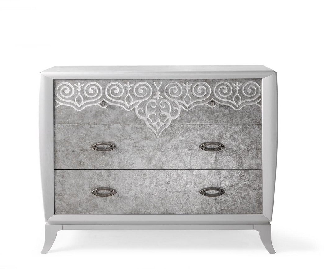 AN 722 PB, Chest of  drawers with decorated fronts