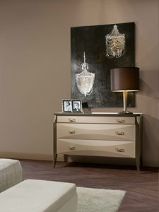 ART. 3353, Elegant dresser with details in brass and leather