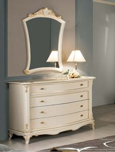 Art. 3790, Classic Liberty style chest of drawers