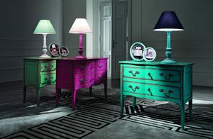 French chest of drawers, Dresser with bright lacquered finishes