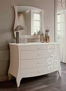 Mon Amour, Dresser with floral decorations
