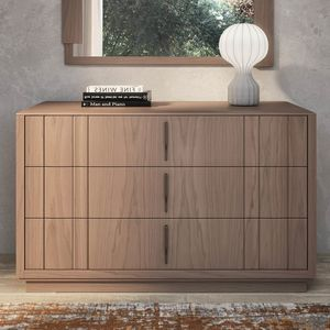 Nova NOVA1301T, Modern wooden chest of drawers with plinth