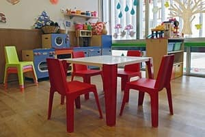 Giulietta, Low stackable chair, light and safe, for kindergarten