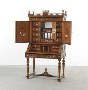 5252, Cabinet with briar inlays