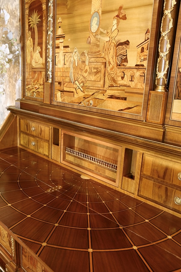 5801, Cabinet very rich in inlays and workmanship