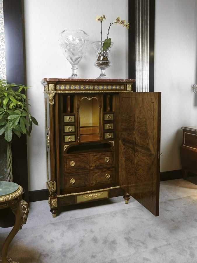 5832, Cabinet with beautiful colorful floral inlays