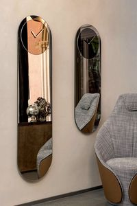 TIMELESS, Mirrors with mirroring clock