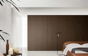 Center coplanar doors, Wardrobes with coplanar doors