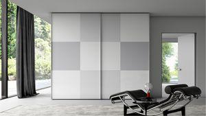 DAMA, Wardrobe with checkerboard pattern
