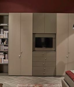 Flor, Wardrobe with opening TV compartment