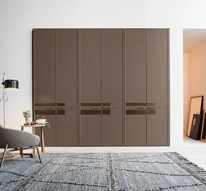 Line, Wardrobe with hinged doors