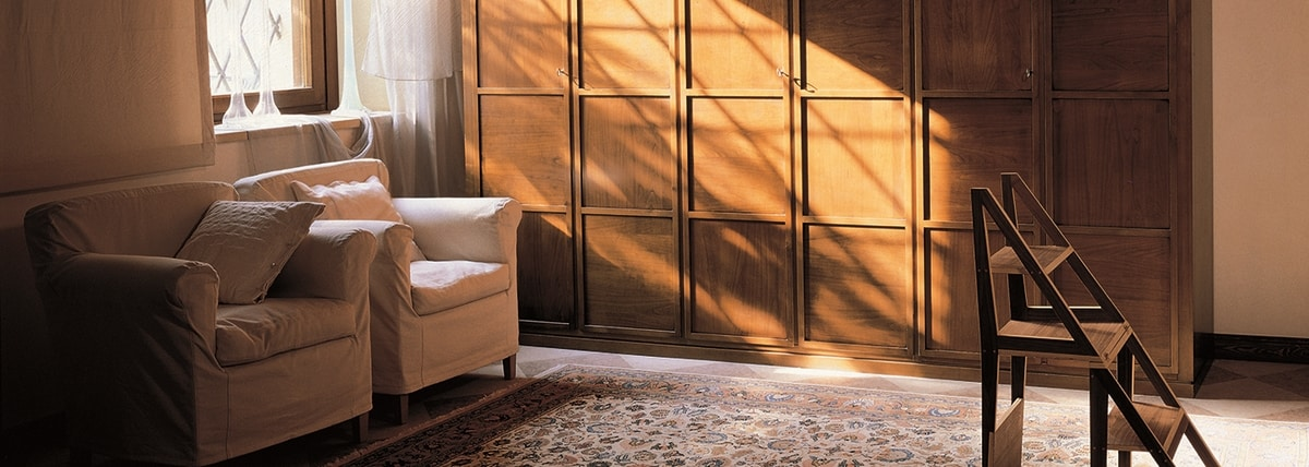 Scacchi 0349, Wardrobe with rigorous and geometric lines