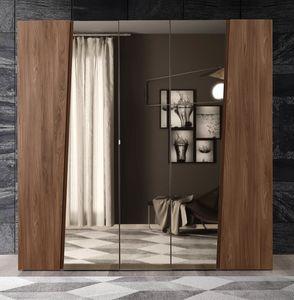 Storm wardrobe, Wardrobe with mirrored doors
