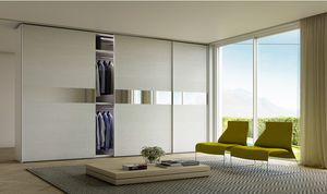 TOTAL UNO, Wardrobe with central mirror strip