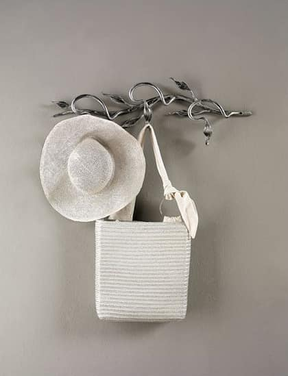 Ramo, Modern coat hangers in wrought iron
