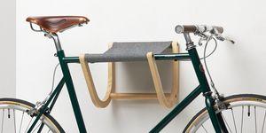 Ren�, Wall mounted bike rack