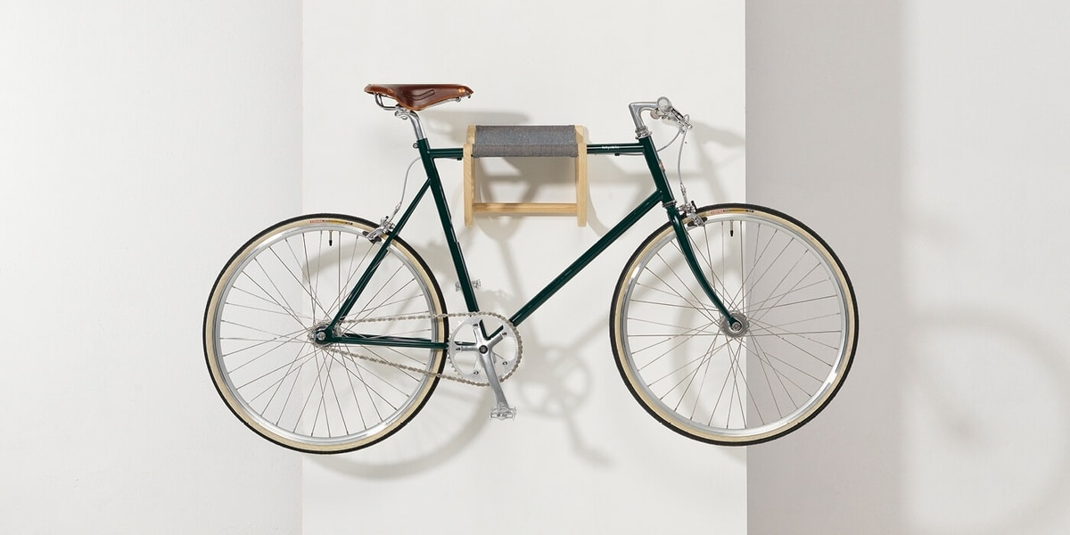 René, Wall mounted bike rack