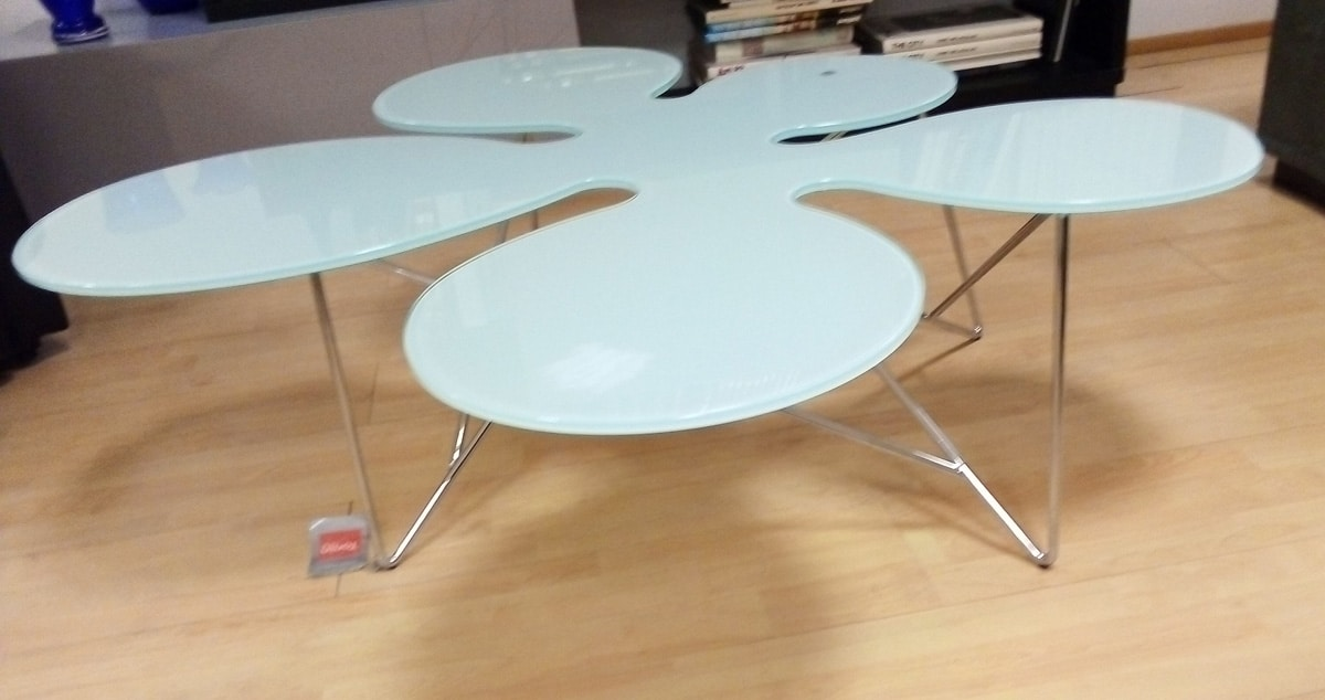 Coffee table 05, Coffee table with satin glass top