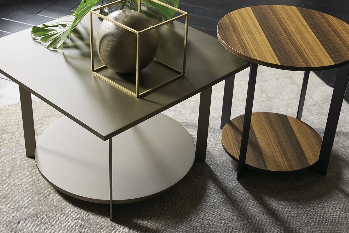 ICS squared, Elegant table with square top, in wood and metal