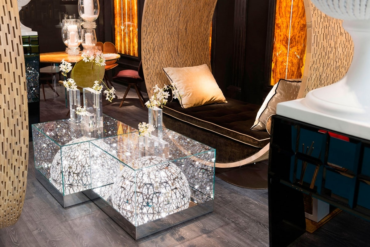 Roma, Glass coffee table, with hemisphere lamp