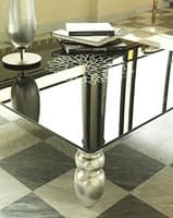 t113 decor, Coffee table with solid wood legs, glass top