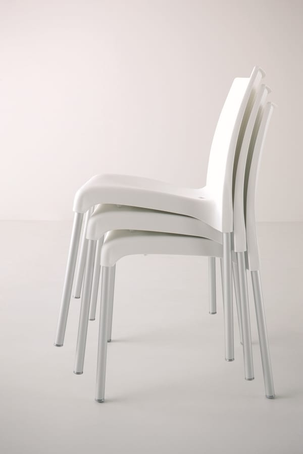 Maya, Stackable chair with plastic seat