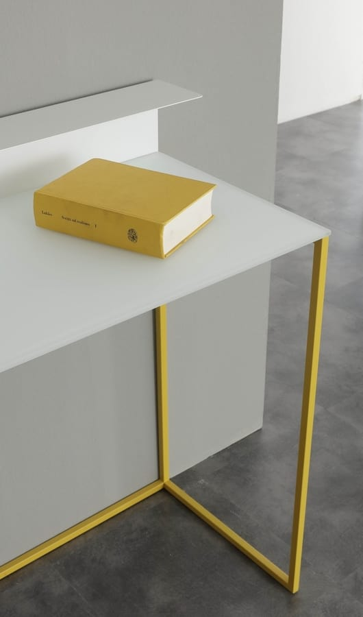 a109 gamma, Writing desk console with minimal design
