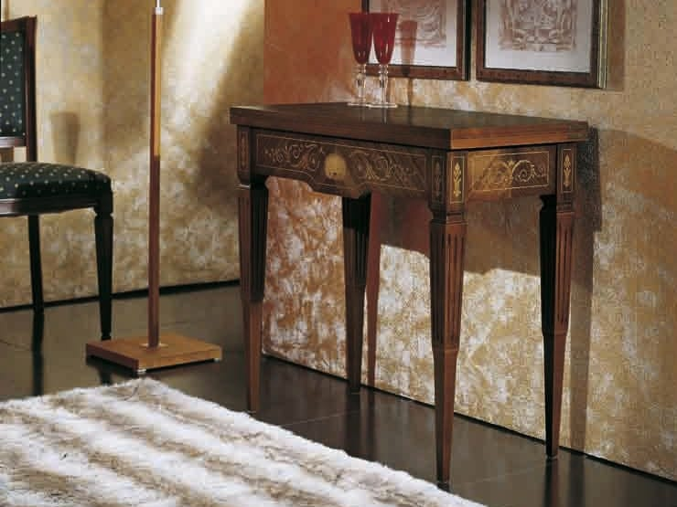 Canaletto console, Console table convertible into a game table