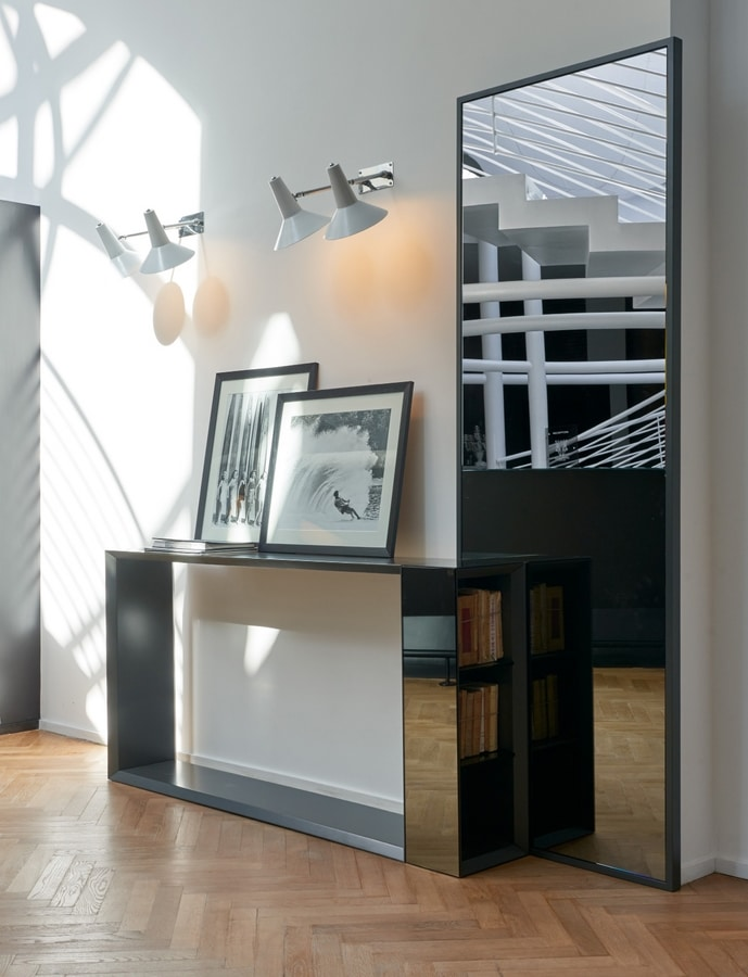 Vivan 252, Lacquered console, with book holder column