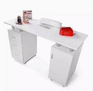 ProduceShop, Manicure tables