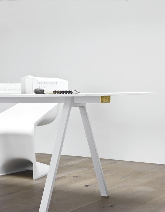 Neat, Design table with aluminum legs, robust and thin
