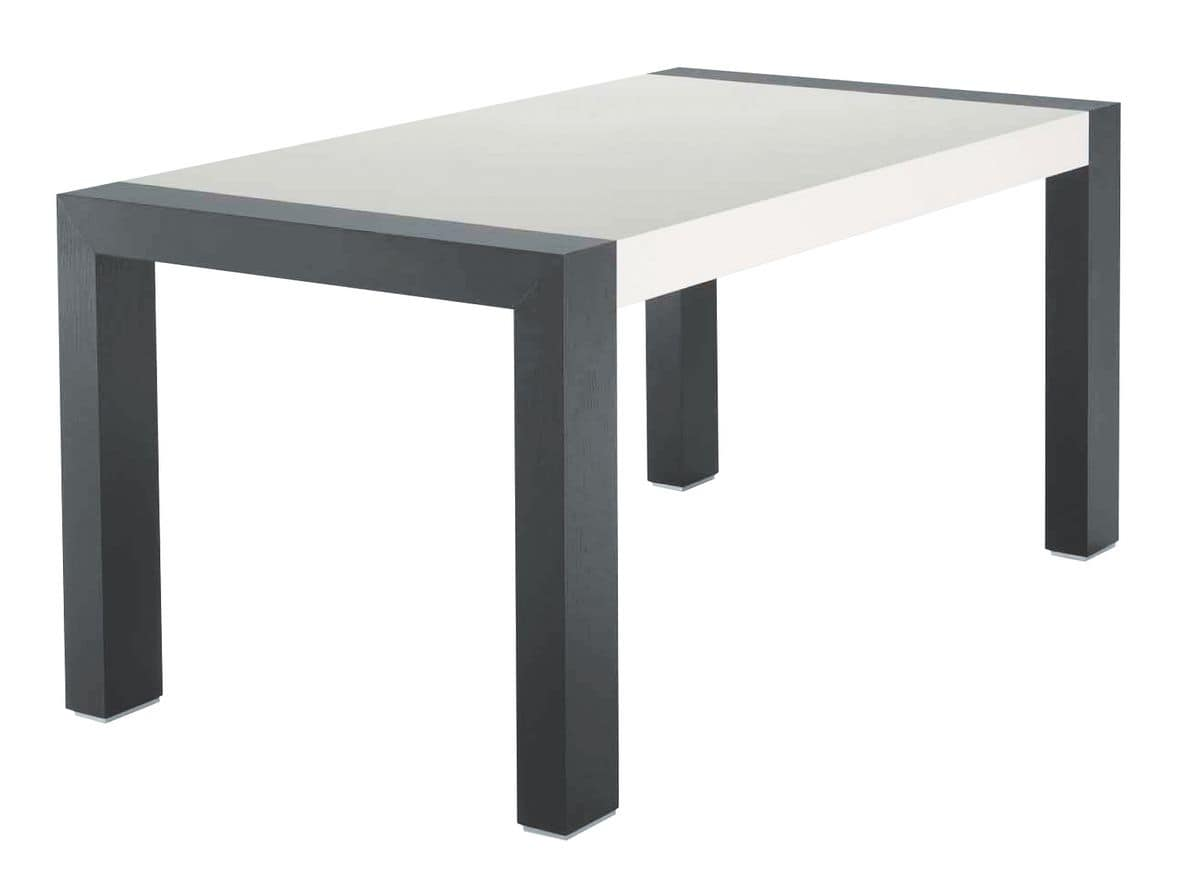 TM06, Extendable table in ash, bicolor lacquered