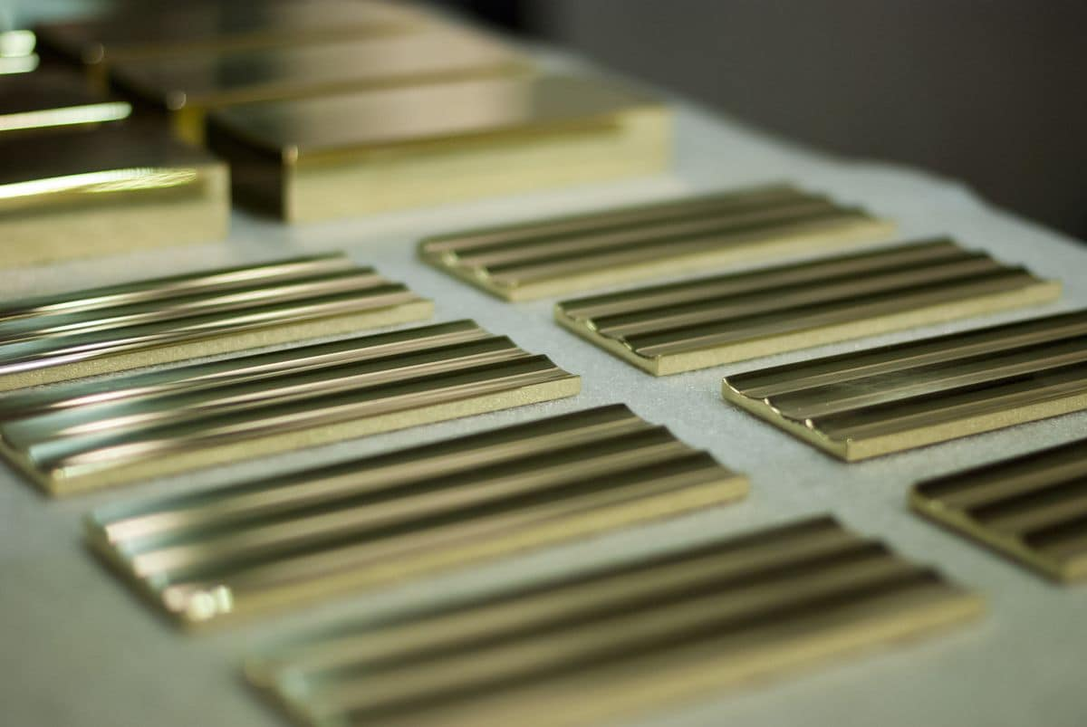 Metal profiles with customized measures, Variety of metal profiles, with custom measures and finishes