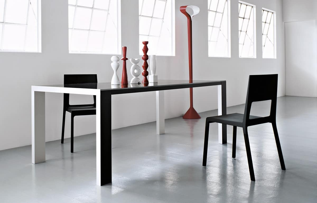 Face, Chair in aluminum and molded polyurethane, easy to clean