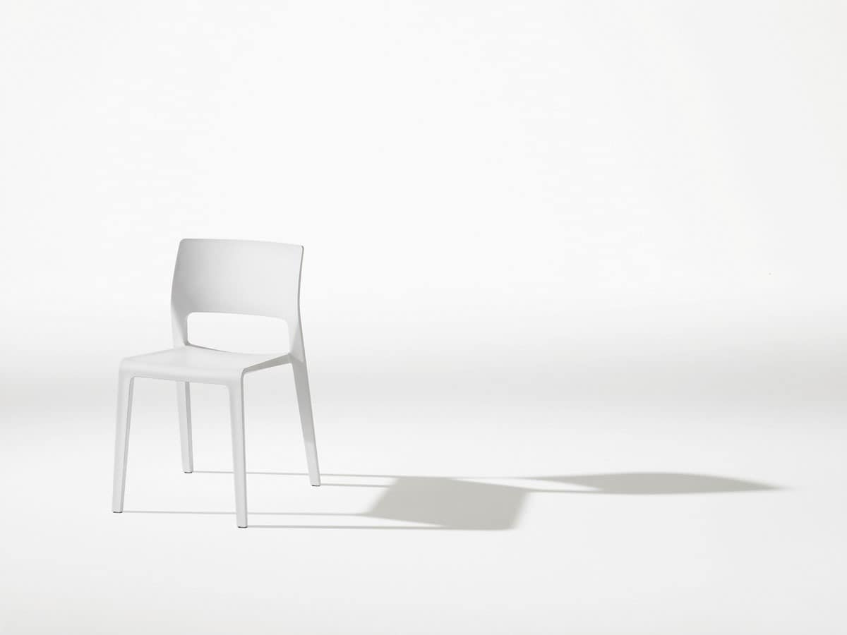 Juno, Simple plastic chair, slim profile, low weight
