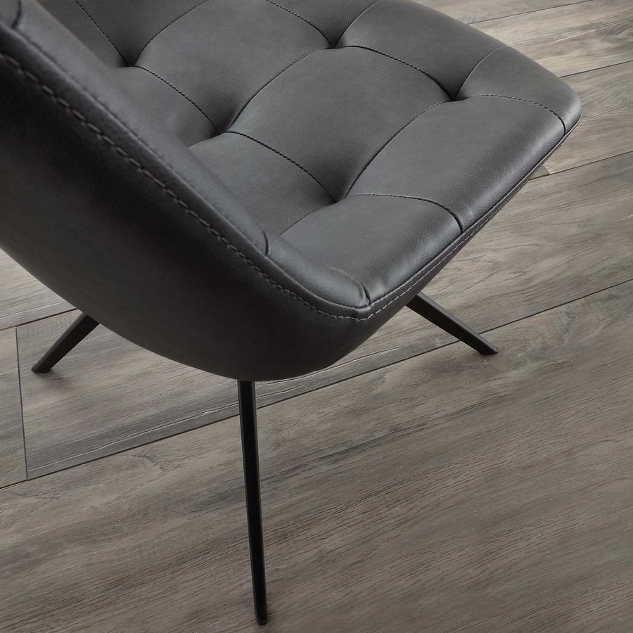 Art. 252 Carnaby, Padded chair with base in black painted metal