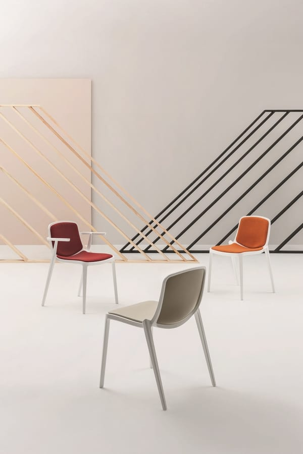Isidora B, Stackable chair with armrests, robust and resistant