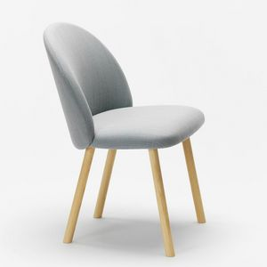 Nasu sidechair, Upholstered chair with enveloping backrest